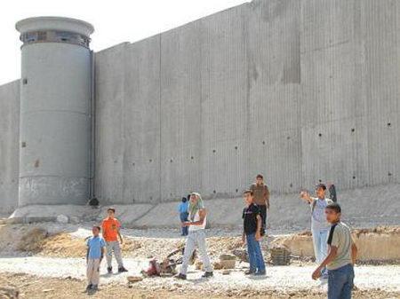 apartheidwall-01