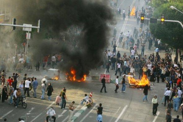 05 The Tehran Commune